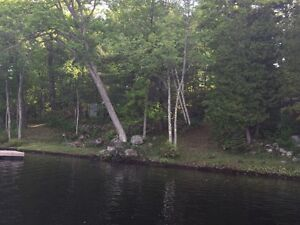 300 feet of waterfront vacant land - perfect for building
