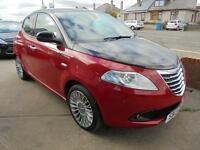 Chrysler Ypsilon 1.2 ( 69bhp ) ( s/s ) Black&Red