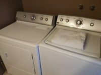 Maytag Washer/Dryer - Maytag laveuse / sécheuse