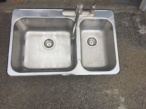 Évier 1 et 1/2 en acier inoxydable,Stainless Sink 1 and 1/2
