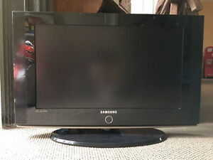 Samsung 26 inches LCD flat screen