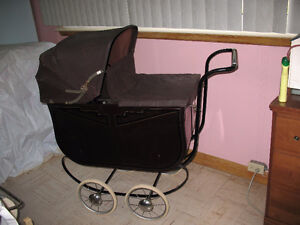 ANTIQUE BABY PRAM - LATE 1920'S
