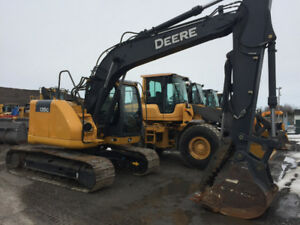 Johndeere 135G,2015 NEW CONDITION