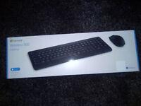 Microsoft Wireless Desktop 900 Mouse and Keyboard