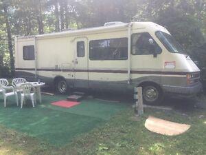 Motorisé à vendre ou à échanger, seul ou avec terrain de camping
