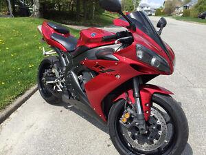 Yamaha R1 excellente condition