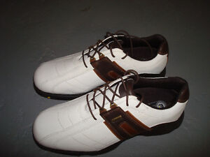 Men's Size 10 Footjoy Golf Shoes Never Worn