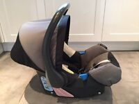 Britax Romer 0-9 months with isofix base