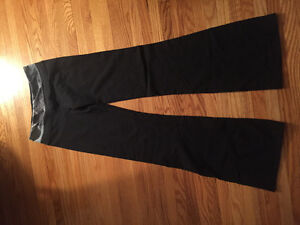Size 4 Reversible LULULEMON Pants