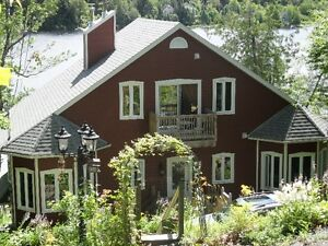 COTTAGE FOR RENT - LAKEFRONT & MOUNTAIN VIEW
