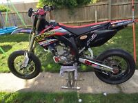 Honda crf 450r supermoto 2003 mint condition!!!tricked to the max!! 12mths mot (daytime)