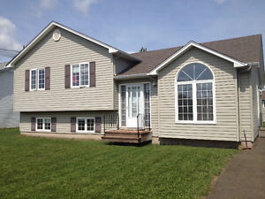 ROOM TO RENT MONCTON NORTH!!! CLOSE TO EVERYTHING