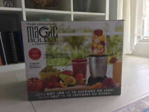 Magic bullet 17 piece set, new in box!