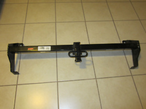 REESE  Class 2 Trailer Hitch - Heavy GM/CHEV Truck/Vans