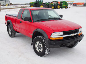 2000 Chevrolet S-10 Pickup Truck FOR SALE BY AUCTION