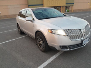 2010 Lincoln MKT trade for harley at least 1200cc any year