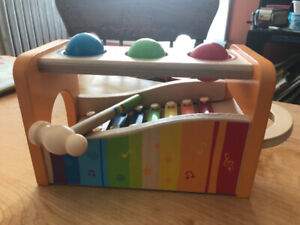 Hape (Swiss toy) Pound 'n Tap Toy Xylophone
