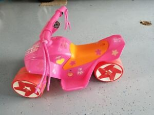 CHILDS ELECTRIC TRIKE