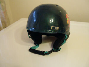 Smith Holt Junior Ski Snowboard Safety Helmet Size Small