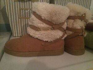 botte GUESS pointure 8