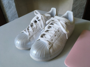 Adidas 80s Superstar All White/White-Silver Toe (Like New)