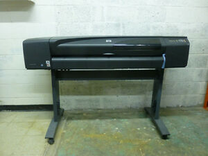 "Wide format printer/plotter HP Designjet 800 42"" for sale."