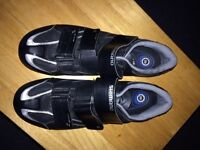Road bike shoes with cleats GOOD CONDITION