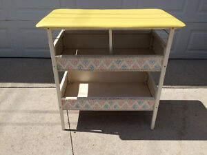 Wicker baby change table/toy storage