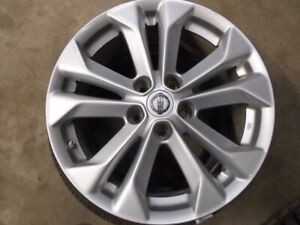 "17"" Nissan 5 Double Spoke Beautiful Alloy Rims"