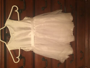 Flower girl dress size 3