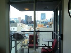 Yaletown Fully Furnished 1 Bedroom with Den and Parking