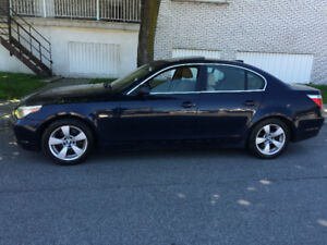 2005 BMW  535I Berline**TOIT,MAGS ET CUIR**COMME NEUF**