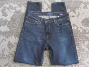 Lucky Jeans & Express Jeans - Legging Style - Size 8