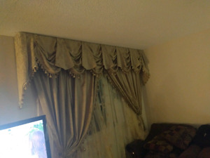 Classic Curtain  for sale!!