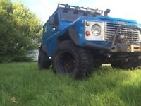 Landrover defender 90, off-road