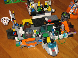 Lego - Assorted Sets / Mixed Pieces