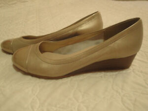 Womens' Shoes Size 10