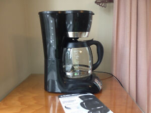 12-cup Black and Decker coffee maker.ppu