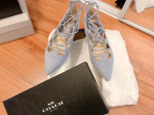 Coach Lace-up pointy toe flat