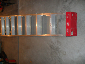 8 feet aluminium step ladder