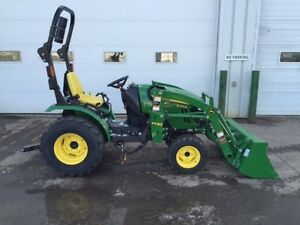 REDUCED BY $5,300 John Deere 2025R Tractor  Loader