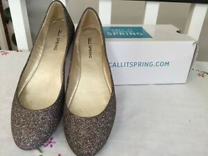 Reduced $! Glitter shoes! Women's Size 7 (fits like 6)