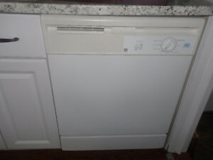 Under the counter Dish Washer $100