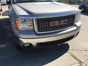 2008 GMC Sierra extended cab 4 Parts