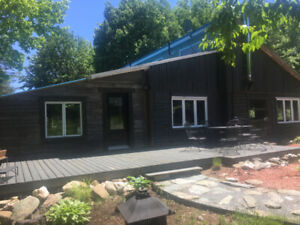 Eastern Township Vacation Cottage +40 acres land* For Sale*