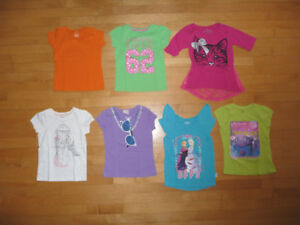T-shirts, jupes culottes, costumes de bain, pantalons, 6 ans