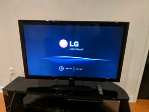 Cheap 50 inch LG LCD TV for Sale!!