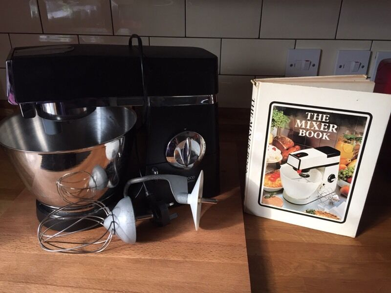 Kenwood classic chef mixerin Attleborough, NorfolkGumtree - Kenwood mixer with dough hook and whisk, also a vintage kenwood recipe book. Good working order