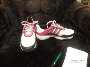 WOMENS GOLF SHOES