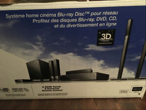 Cinéma maison Blu-Ray/3D/Wireless Sony (BDV-IZ1000W)